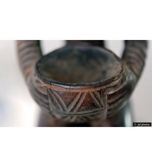 Close-up sur une statuette Africaine
