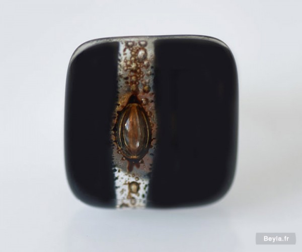 Bague rectangle en verre - noire